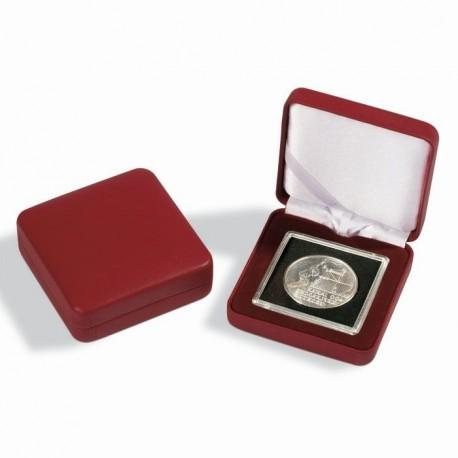 Czerwone etui na monetę + kapsuła - powystawowe